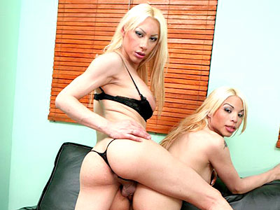 Tranny Threesome My First Time With A Shemale